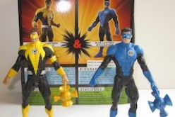 DC Universe Classics Toys-R-Us Exclusive 2-Pack  – Sinestro Corps Hal Jordan & Blue Lantern Kyle Rayner Review