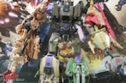 Transformers SDCC 2012 Fall of Cybertron Bruticus Review