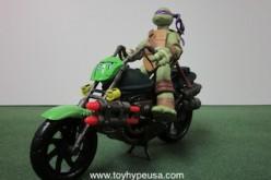 Teenage Mutant Ninja Turtles 2012 Rippin' Rider Motorcycle Review