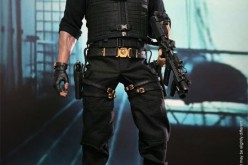 Pre-Order – Barney Ross The Expendables 2 Sixth Scale Figure By Hot Toys