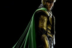 Hot Toys The Avengers: Loki Collectible Figure Final Product & Helmet Assembly Video