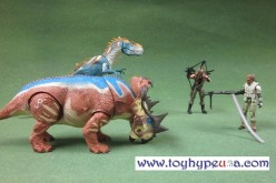 Jurassic Park 2013 Toys R Us Exclusive Dino Showdown 2 Packs Review