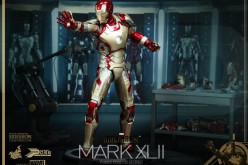 Hot Toys Iron Man 3 Mark XLII Power Pose Series Sixth Scale Figure Ships July