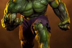 Pre-Order – The Incredible Hulk Premium Format Figure