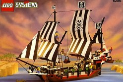 Do You Want LEGO To Reissue The 1993 Skull's Eye Schoone Pirate Ship?