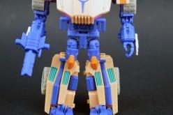 Transformers Collectors' Club Figure Subscription Service 2.0 Fisitron Review