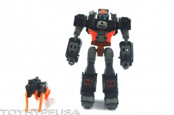 Transformers Collectors' Club FSS 2.0 Treadshot And Catgun Review
