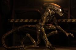 NECA Aliens 3 Dog Alien Action Figure Gallery