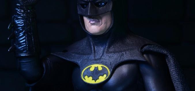 NECA Closer Look: 25th Anniversary 1989 Batman 7″ Promo Figure