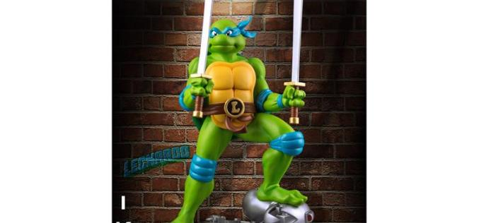 Teenage Mutant Ninja Turtles Leonardo On Defeated Mouser Limited Edition Statue