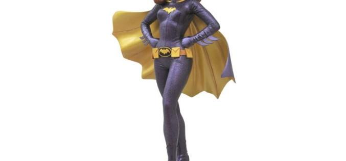 Batman 1966 Premiere Collection Statue – Batgirl