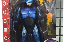 NECA Robocop Vs. Terminator Series 2 – Flamethrower Robocop Figure Review