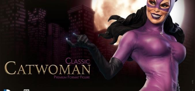 Classic Catwoman Premium Format Figure Preview
