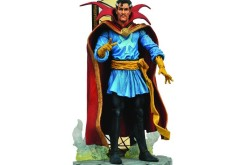 Diamond Select Toys Marvel Select Dr. Strange 7″ Figure