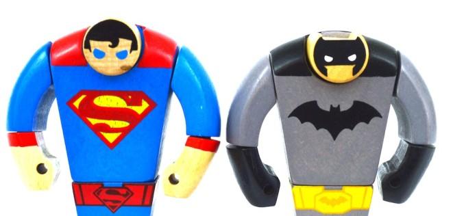 DC Collectibles Batman & Superman Wood Figure Review