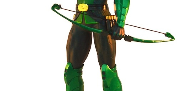 First Look: DC Comics Icons Green Arrow Statue Review