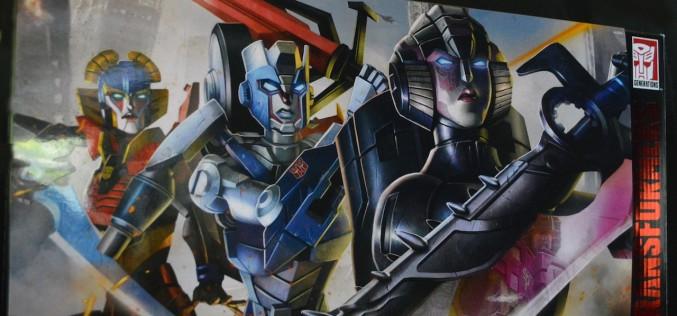 SDCC 2015 Exclusive Hasbro Transformers Combiner Wars Combiner Hunters 3 Pack Review
