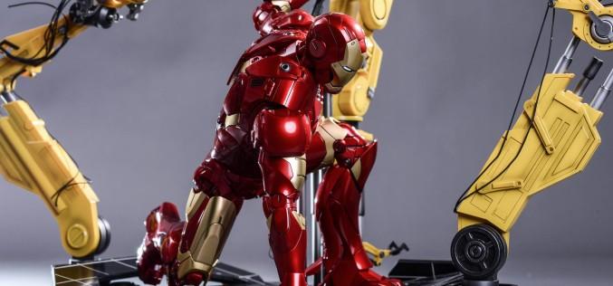 Hot Toys Classic Iron Man Mark III Armor Sixth Scale Figure