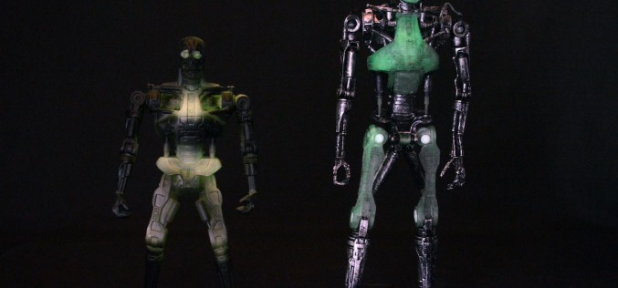 Convention Exclusive 2015 NECA Endoglow Terminator Review