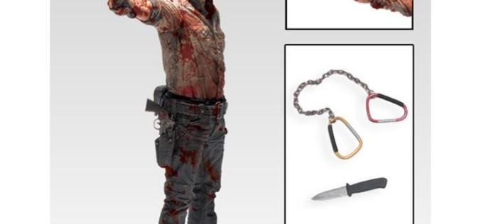 The Walking Dead TV Series Deluxe 10″ Figure – Rick Grimes Vigilante Edition