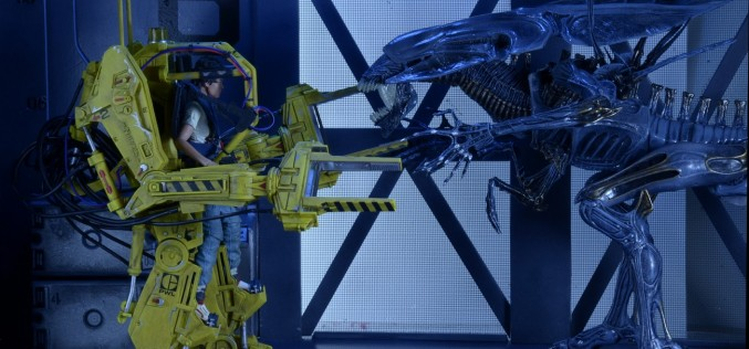 NECA Shipping Update – Aliens P-5000 Power Loader Deluxe Vehicle