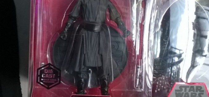Disney Exclusive Star Wars Elite Series Die-Cast Darth Maul Figure