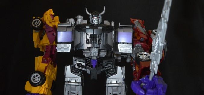First Look – Hasbro Transformers Generations Combiner Wars Menasor Review