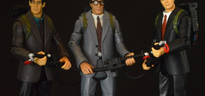 SDCC 2015 Exclusive Ghostbusters Classics Courtroom Battle Egon Review