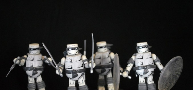 SDCC 2015 Exclusive Teenage Mutant Ninja Turtles Mirage Black & White Minimates Review
