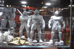 NYCC 2015 – Lunar Toy Store Booth Coverage – TMNT Sixth Scale Figures & First Gokin Shredder