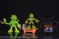 Playmates Toys TMNT Half Shell Heroes Mikey With Skateboard, Snakeweed & Spider-Bytez Review