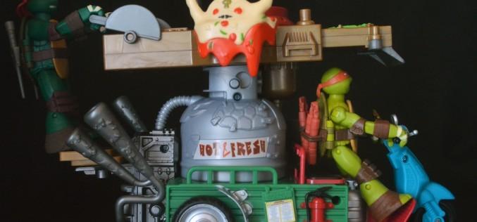 Nickelodeon Teenage Mutant Ninja Turtles Pizza Thrower 2015 Vehicle Review