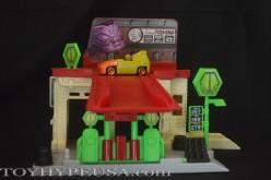 Playmates Toys Teenage Mutant Ninja Turtles T-Machines Sewer Gas Station Playset Review