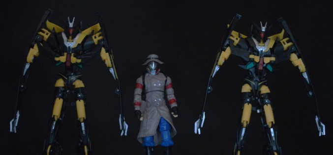 Transformers Collectors' Club Old Snake With Advanced B.A.T. Duo Review