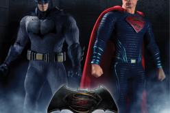 Mezco Toyz Batman v Superman One:12 Batman & Superman Figures Revealed