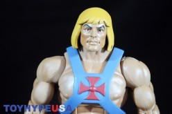 Masters Of The Universe Classics Club Grayskull He-Man Review