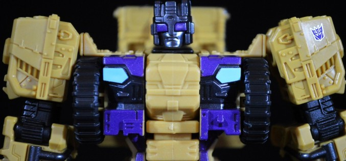 Transformers Generations Combiner Wars Swindle Review
