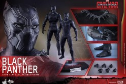 Hot Toys Captain America: Civil War Black Panthor Sixth Scale Figure
