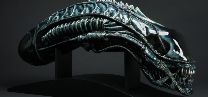 CoolProps Brown Alien Warrior & Newborn Alien Replica Busts Pre-Orders On Sideshow