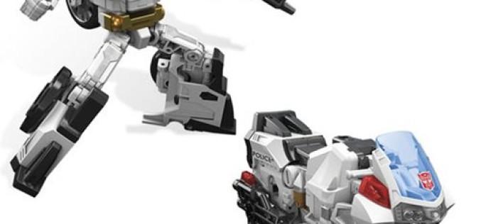 Hasbro Transformers Generations Combiner Wars Deluxe Protectobot Groove Pre-Orders