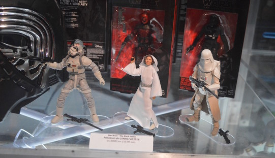 SDCC 2016: Hasbro Star Wars 6″ Black Series Day 4 Reveals