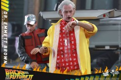 Hot Toys Back To The Future Dr Emmett Brown & Marty McFly Sixth Scale Figure Pre-Orders
