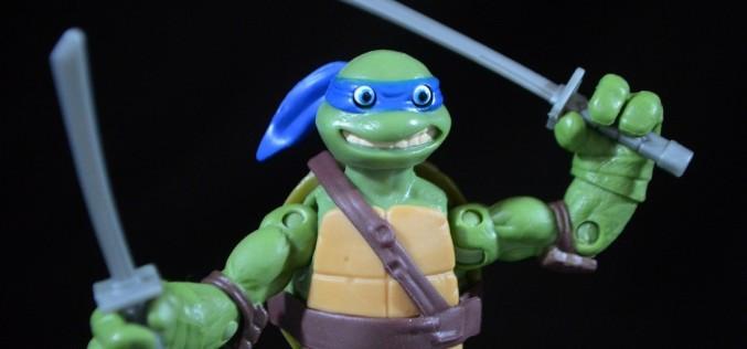 Playmates Toys Teenage Mutant Ninja Turtles Eye Poppin' Leo Review