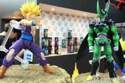 S.H. Figuarts Dragon Ball Z Battle Damaged Gohan & Premium Color Version Perfect Cell