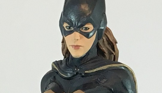 Icon Heroes Batman: Arkham Knight Batgirl Statue Paperweight