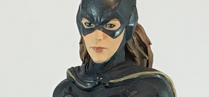 Icon Heroes Batman: Arkham Knight Batgirl Statue Paperweight