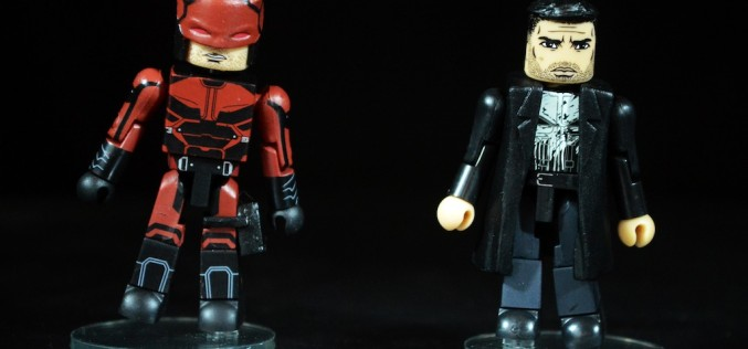 SDCC 2016 Exclusive Diamond Select Toys Netflix Daredevil & Punisher Minimates 2 Pack Review