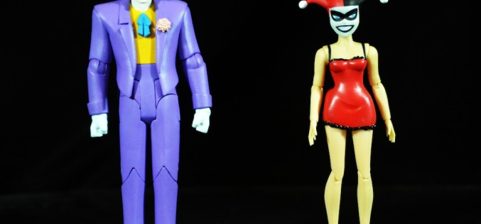 DC Collectibles Batman: The Animated Series Mad Love Joker & Harley Quinn Box Set Review