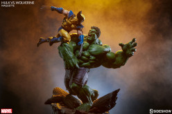 Sideshow Marvel Comics Hulk Vs. Wolverine Maquette