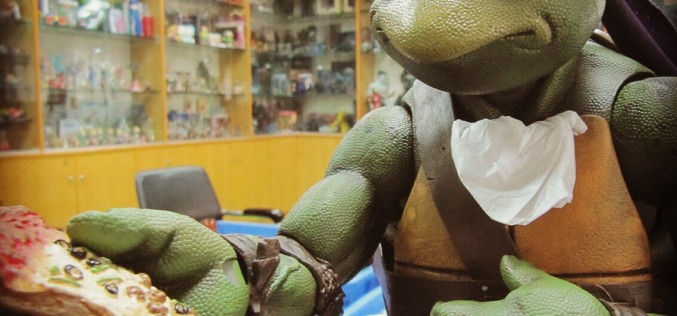 NECA Toys Teenage Mutant Ninja Turtles 1990 Movie 1/4″ Scale Donatello Figure New Images